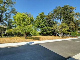 Photo 15:  in : Vi Rockland Land for sale (Victoria)  : MLS®# 858932