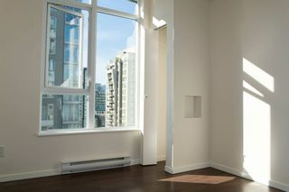 "Photo 6: 1701 1001 HOMER Street in Vancouver: Yaletown Condo for sale in ""THE BENTLEY"" (Vancouver West)  : MLS®# R2243533"