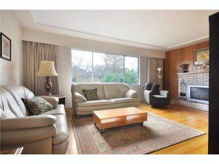Photo 2: 145 E 38TH AV in Vancouver: Main House for sale (Vancouver East)  : MLS®# V863937