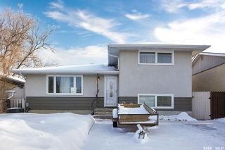 Photo 2: 24 Read Avenue in Regina: Mount Royal RG Residential for sale : MLS®# SK833581