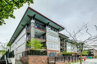 "Photo 1: 407 2473 ATKINS Avenue in Port Coquitlam: Central Pt Coquitlam Condo for sale in ""Valore"" : MLS®# R2283405"