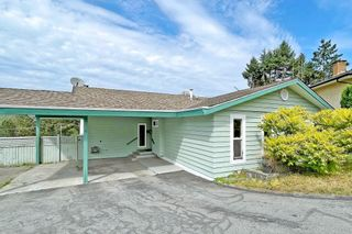 Photo 2: 171 EDWARD Crescent in Port Moody: Port Moody Centre House for sale : MLS®# R2610676