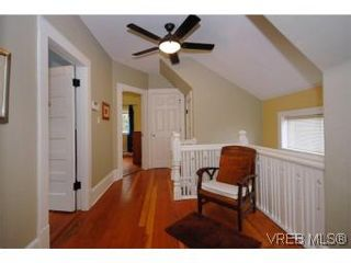 Photo 12: 1044 Redfern St in VICTORIA: Vi Fairfield East House for sale (Victoria)  : MLS®# 518219