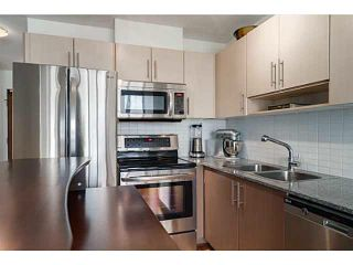"""Photo 4: 608 550 TAYLOR Street in Vancouver: Downtown VW Condo for sale in """"THE TAYLOR"""" (Vancouver West)  : MLS®# V1123888"""