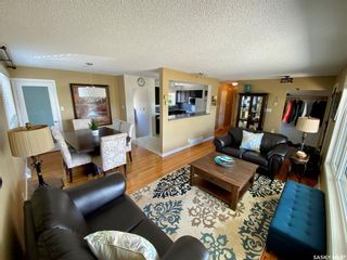 Photo 3: 701 20th Avenue East in Regina: Douglas Place Residential for sale : MLS®# SK858654