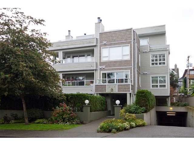 Main Photo: 202 2110 YORK Avenue in Vancouver: Kitsilano Condo for sale (Vancouver West)  : MLS®# V854972
