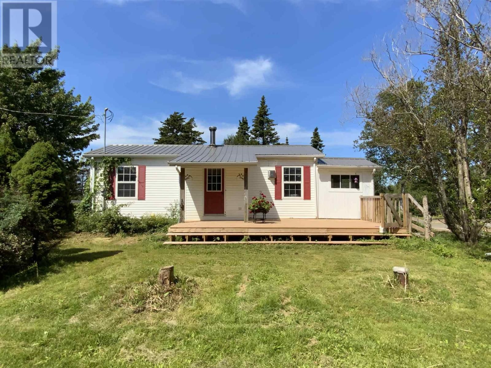 Main Photo: 2350 Gairloch Road in Melville: House for sale : MLS®# 202121742