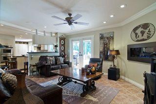 Photo 7: 20288 124 Avenue in Maple Ridge: Northwest Maple Ridge House for sale : MLS®# R2060570