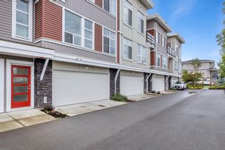"""Photo 3: 2 8466 MIDTOWN Way in Chilliwack: Chilliwack W Young-Well Townhouse for sale in """"MIDTOWN II"""" : MLS®# R2621321"""