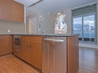 "Photo 5: 2702 3008 GLEN Drive in Coquitlam: North Coquitlam Condo for sale in ""M2"" : MLS®# R2080849"