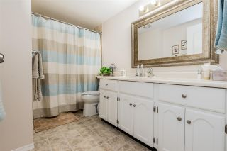 """Photo 14: 105 32145 OLD YALE Road in Abbotsford: Abbotsford West Condo for sale in """"Cypress Park"""" : MLS®# R2373888"""