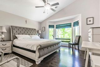 Photo 13: 64 strathlea Place SW in Calgary: Strathcona Park Detached for sale : MLS®# A1117847