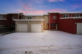 Photo 1: 155 Alderwood Drive: Fort McMurray Row/Townhouse for sale : MLS®# A1064072