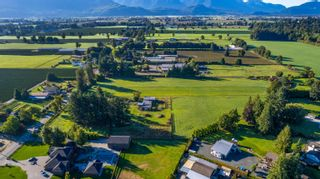 Photo 8: 10715 REEVES Road in Chilliwack: East Chilliwack House for sale : MLS®# R2620626