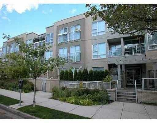 "Main Photo: 1823 W 7TH Ave in Vancouver: Kitsilano Condo for sale in ""THE CARNEGIE"" (Vancouver West)  : MLS®# V640579"