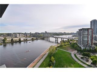 """Photo 18: 1603 8 SMITHE Mews in Vancouver: False Creek Condo for sale in """"Flagship"""" (Vancouver West)  : MLS®# V1064248"""