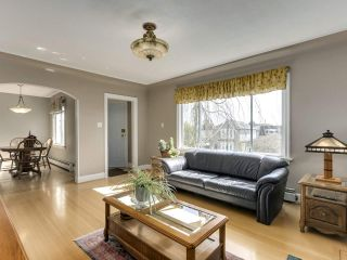 """Photo 4: 813 W 69TH Avenue in Vancouver: Marpole House for sale in """"MARPOLE"""" (Vancouver West)  : MLS®# R2560766"""