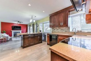 Photo 4: 7893 167A Street in Surrey: Fleetwood Tynehead House for sale : MLS®# R2401147
