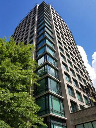 """Photo 3: 505 1003 BURNABY Street in Vancouver: West End VW Condo for sale in """"The Milano"""" (Vancouver West)  : MLS®# R2276675"""
