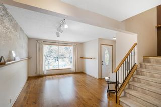 Photo 9: 147 BERWICK Way NW in Calgary: Beddington Heights Semi Detached for sale : MLS®# A1040533