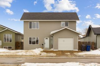 Photo 1: 313 1st Avenue North in Martensville: Residential for sale : MLS®# SK850272