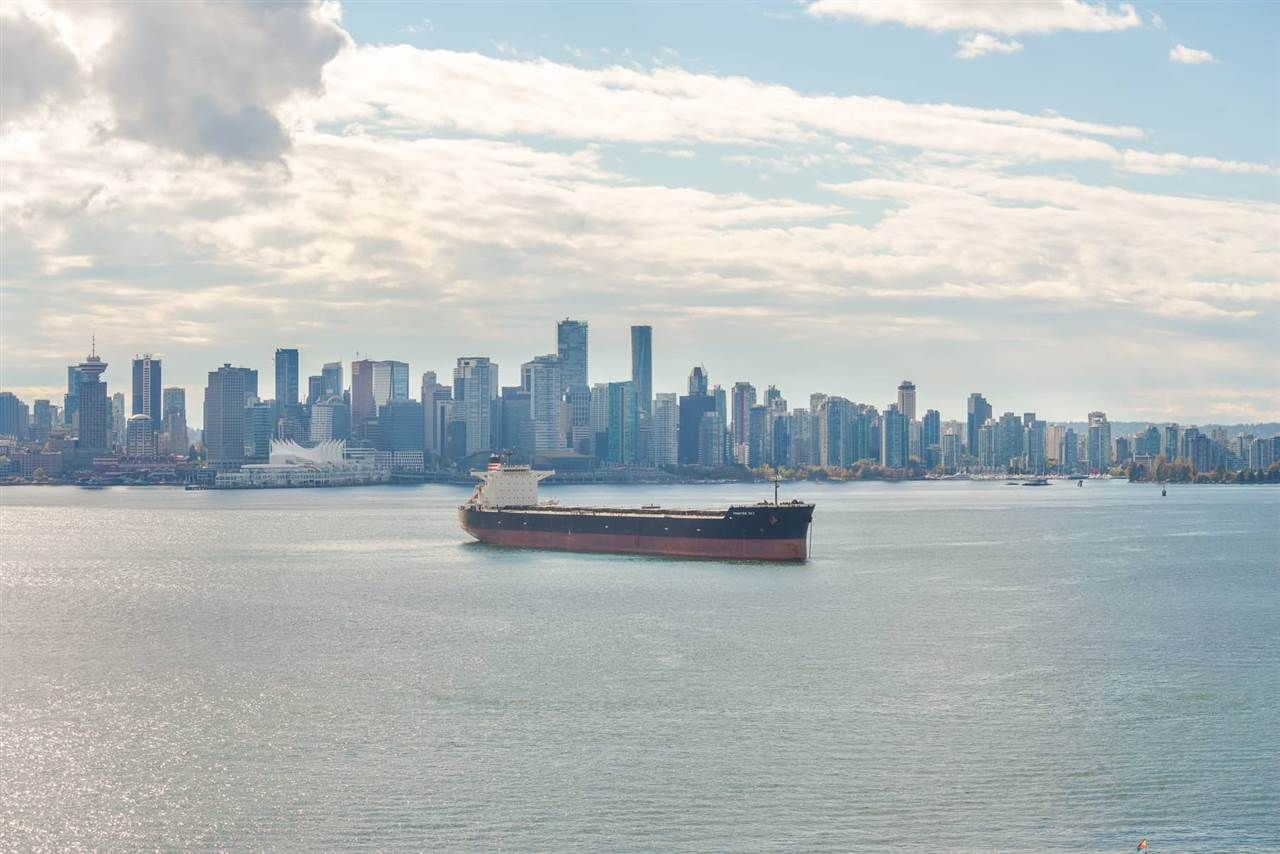 """Main Photo: 1206 199 VICTORY SHIP Way in North Vancouver: Lower Lonsdale Condo for sale in """"TROPHY AT THE PIER"""" : MLS®# R2284948"""