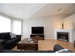 Photo 4: 27 CASTLE Place in Regina: Whitmore Park Residential for sale : MLS®# SK615002