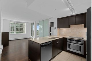 """Photo 2: 1008 1320 CHESTERFIELD Avenue in North Vancouver: Central Lonsdale Condo for sale in """"Vista Place"""" : MLS®# R2625569"""
