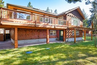 Main Photo: 797 Lazo Rd in : CV Comox Peninsula House for sale (Comox Valley)  : MLS®# 869860