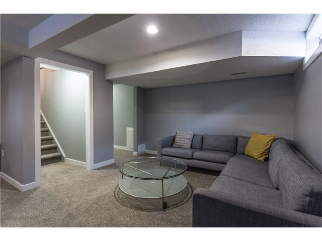Photo 28: Photos: 36 OAKBURY Place SW in Calgary: Oakridge House for sale : MLS®# C4101941