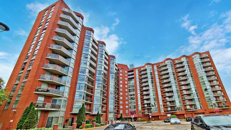 FEATURED LISTING: 505 - 10 Dean Park Road Toronto