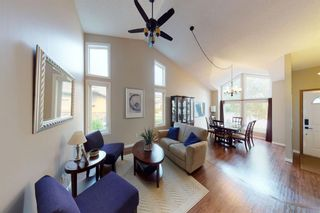 Photo 2: 9 Hawkbury Place NW in Calgary: Hawkwood Detached for sale : MLS®# A1136122