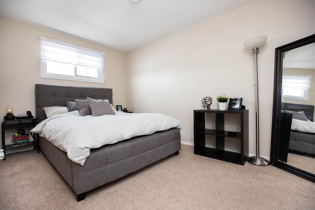 Photo 13: Photos: 284 Parkview Street in Winnipeg: St James Residential for sale (5E)  : MLS®# 202004878