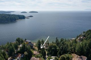 Photo 33: 304 GEORGIA Drive in Gibsons: Gibsons & Area House for sale (Sunshine Coast)  : MLS®# R2622245
