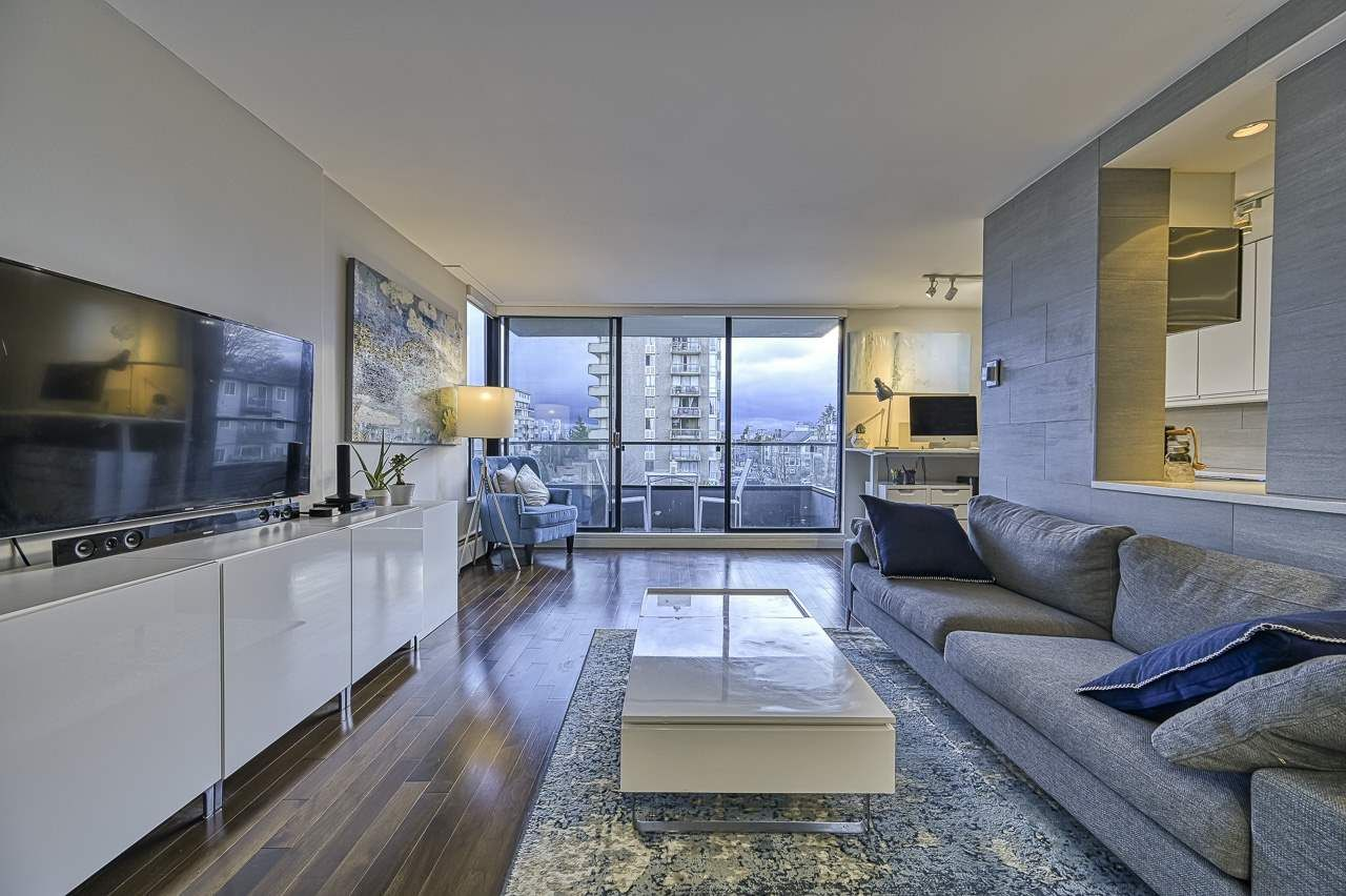 """Main Photo: 304 2370 W 2ND Avenue in Vancouver: Kitsilano Condo for sale in """"Century House"""" (Vancouver West)  : MLS®# R2540256"""