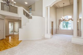 Photo 5: 1111 77 Street SW in Calgary: West Springs Detached for sale : MLS®# A1137744