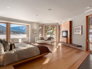 """Photo 14: 8993 TRUDY'S Landing in Whistler: Emerald Estates House for sale in """"Trudy's Landing"""" : MLS®# R2524419"""