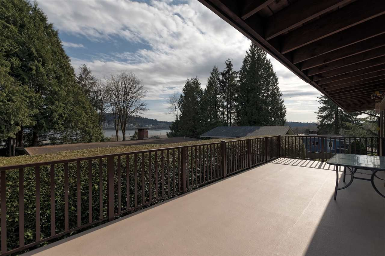 Photo 11: Photos: 2923 EDDYSTONE Crescent in North Vancouver: Windsor Park NV House for sale : MLS®# R2253154