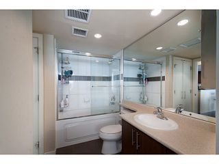 """Photo 16: 408 125 MILROSS Avenue in Vancouver: Mount Pleasant VE Condo for sale in """"Citygate at Creekside"""" (Vancouver East)  : MLS®# V1058949"""