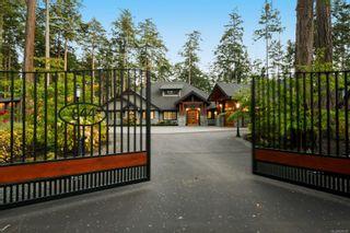 Photo 5: 846, 844 Foskett Rd in : CV Comox Peninsula House for sale (Comox Valley)  : MLS®# 878791
