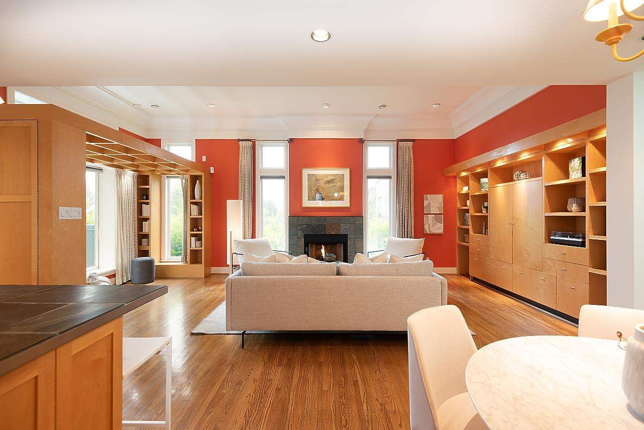 Photo 3: Photos: 1978 WHYTE Avenue in Vancouver: Kitsilano 1/2 Duplex for sale (Vancouver West)  : MLS®# R2586972