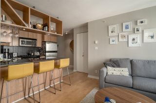 """Photo 7: 1204 1010 RICHARDS Street in Vancouver: Yaletown Condo for sale in """"THE GALLERY"""" (Vancouver West)  : MLS®# R2115670"""