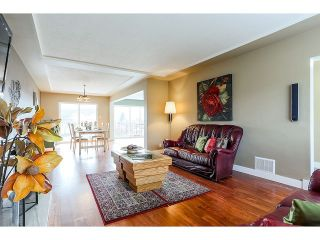 Photo 4: 6584 CHARLES ST in Burnaby: Sperling-Duthie House for sale (Burnaby North)  : MLS®# V1110397