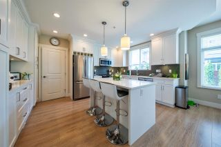 Photo 4: 20397 WICKLUND Avenue in Maple Ridge: Northwest Maple Ridge House for sale : MLS®# R2383514