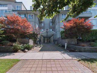 "Photo 13: 106 5800 ANDREWS Road in Richmond: Steveston South Condo for sale in ""VILLAS"" : MLS®# R2298552"