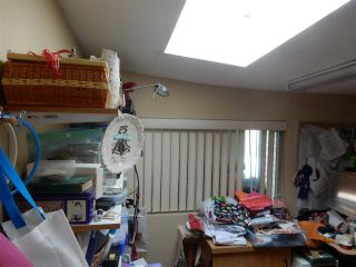 """Photo 6: 15 15820 FRASER Highway in Surrey: Fleetwood Tynehead Manufactured Home for sale in """"Greentree Estates"""" : MLS®# R2088242"""