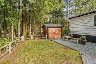 "Photo 3: 215 20071 24 Avenue in Langley: Brookswood Langley Manufactured Home for sale in ""Fernridge Park"" : MLS®# R2538356"