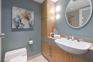"""Photo 16: 2411 W 1ST Avenue in Vancouver: Kitsilano Townhouse for sale in """"BAYSIDE MANOR"""" (Vancouver West)  : MLS®# R2408792"""