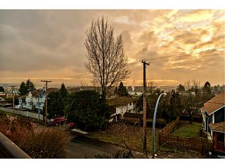 Photo 12: # 209 580 TWELFTH ST in New Westminster: Uptown NW Condo for sale : MLS®# V1099232