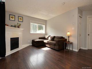 Photo 3: 102 331 E Burnside Rd in VICTORIA: Vi Burnside Condo for sale (Victoria)  : MLS®# 788764